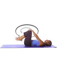 Yoga: Untere Rückenmassage / Kniekreise